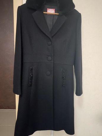 Продам пальто Blugirl(Blumarine)
