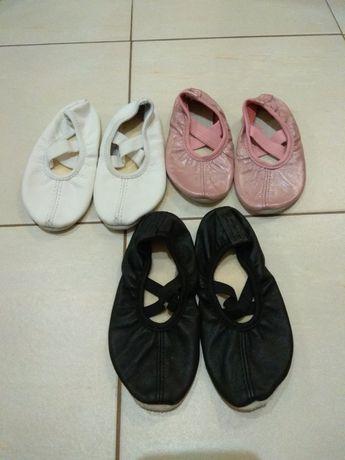 Baletki, trzy pary, 16,5cm, 17cm i 17,5cm.