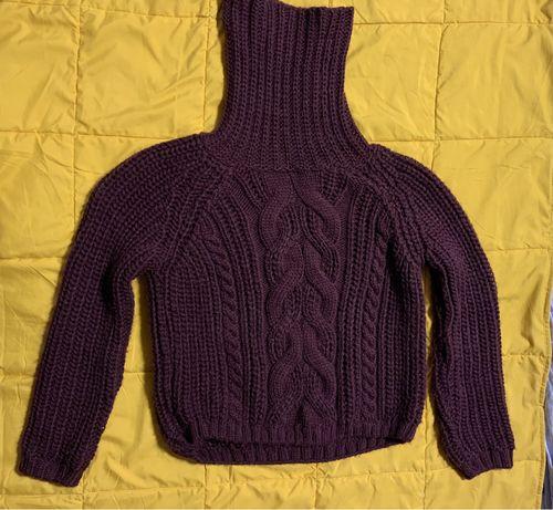 Продам свитер на размер xs-s