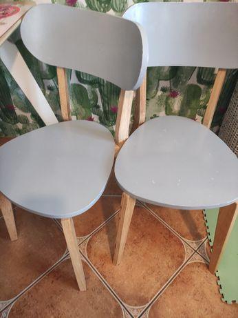 4 krzesła! Komplet!
