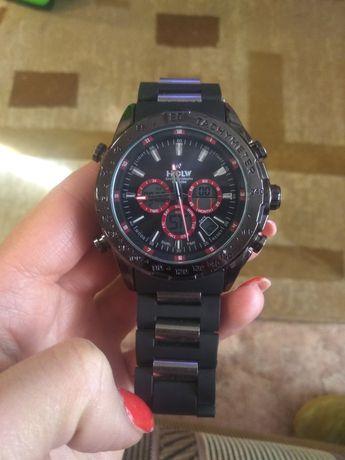 Наручные часы, 2000 рубл.