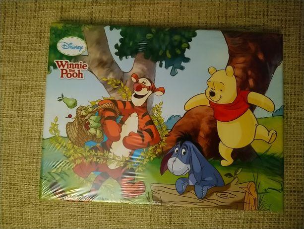 Картинка Winnie Pooh на стенку в детскую