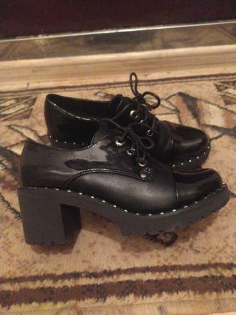 Продам туфли-ботинки