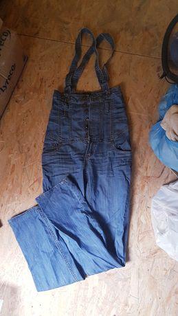 Jeansowe ogrodniczki na szelkach