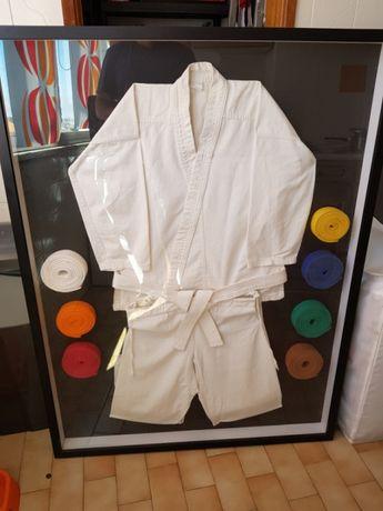 Quadro Kimono / Fato de Karaté e cintos