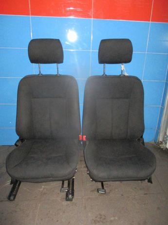 Fotele przód Mercedes C klasa
