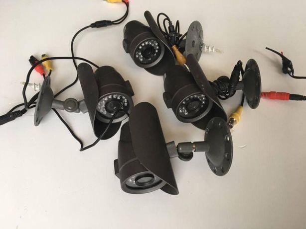 Câmaras de CCTV a cores - a funcionar a 100%