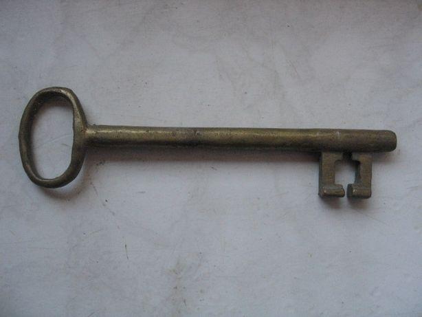 Stary oryginalny mosiężny duży klucz do drzwi ?