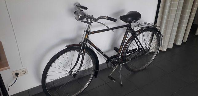 Bicicleta antiga Ye-Ye
