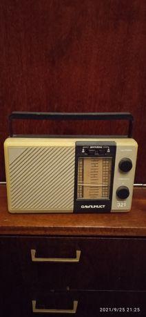 Продам радиоприемник Альпинист
