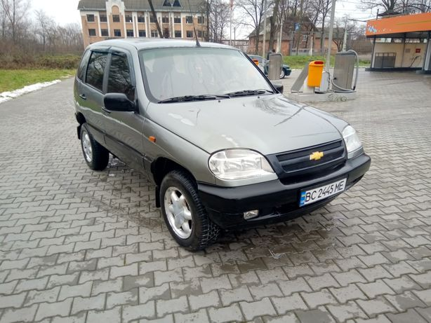 Chevrolet Niva 1.7 gls