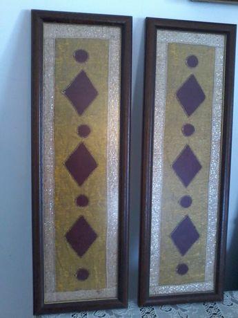 2 quadros antigos bordados