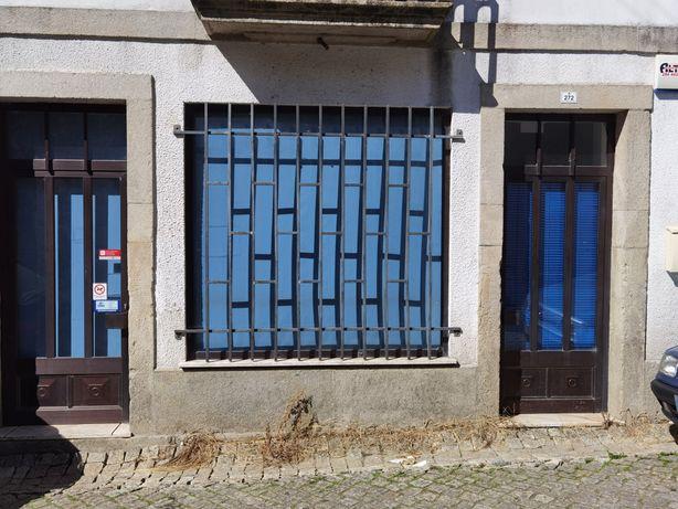 Arrenda-se loja para comércio ou escritório