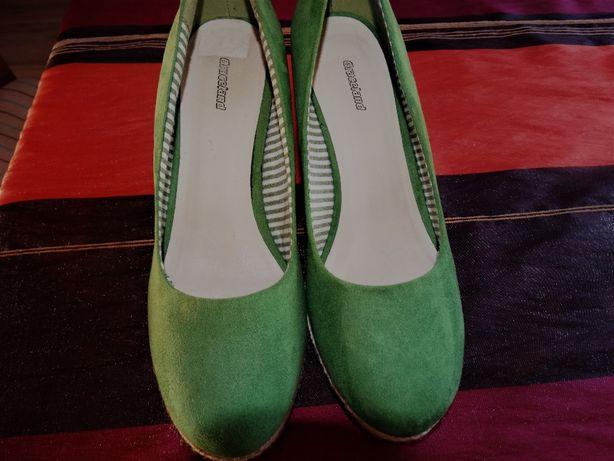 Nowe buty rozm. 40, 41