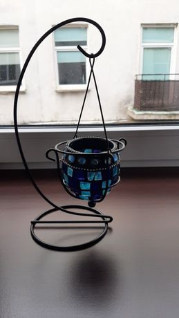 Swiecznik metalowy na podgrzewacz