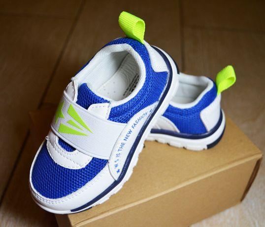Новые легкие кроссовки на резинке Weestep для мальчика 22-23 размер