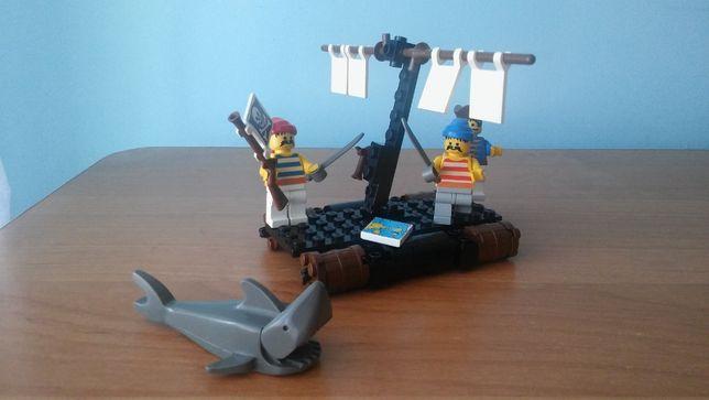Klocki Lego seria Piraci, 6257 Castaway's Raft / 1989