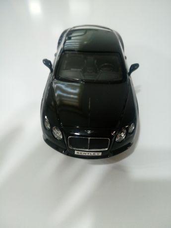 Auto Bentley Contonental 1:24