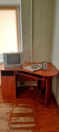 Продаем компьютерный стол