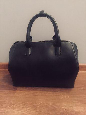 Czarna torba Mohito