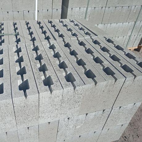 Блок будівельний: Рвані,Гешки,четвертинки...
