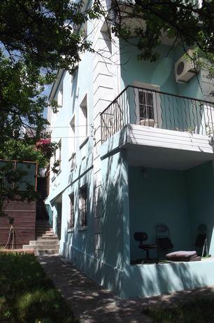 Посольский квартал Царское село 3эт 10 комн 320 квм, 10 сот, без комис