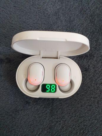 Nowe białe słuchawki bezprzewodowe E6S