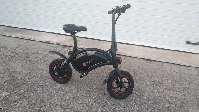 Bicicleta elétrica (mini scooter) dobrável