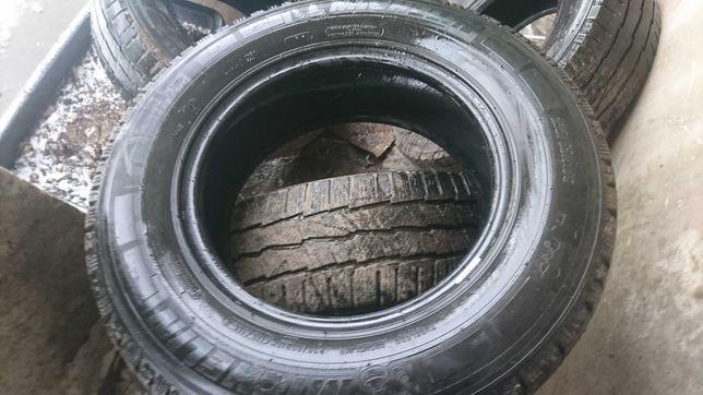 Opony Michelin Agilis  235/65 R16C