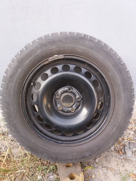Продаю cменный комплект 4 зимних колеса Michelin на дисках
