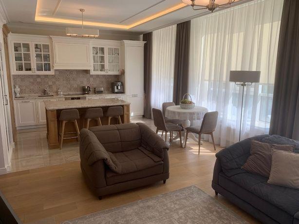 Продажа стильной 3-ёх комнатной квартиры с террасой ,ЖК Централ Парк