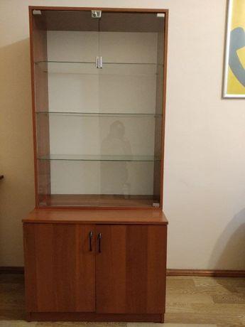 Шкаф витрина (хорошее состояние)