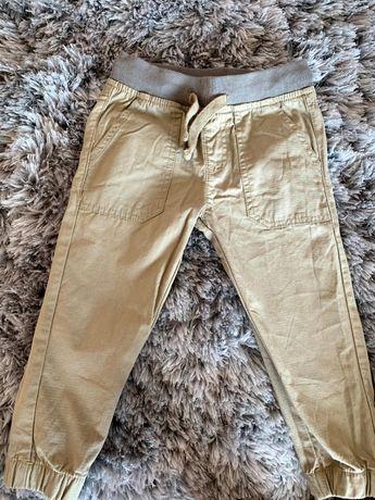 Chłopięce spodnie