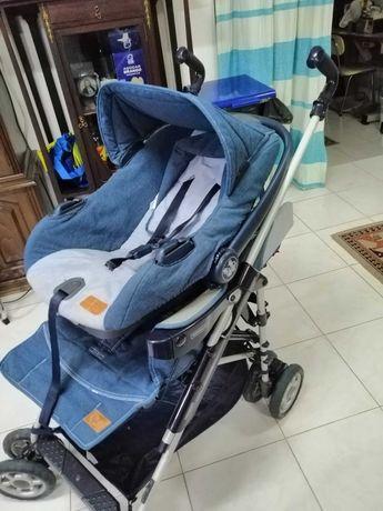 Carrinho de passeio com cadeira auto (ovo)