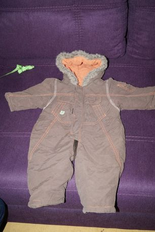 Теплый комбинезон - ромпер на малыша 6-9 месяца