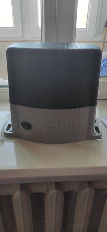 Автоматика  для воріт Nice TH 1500 нова!