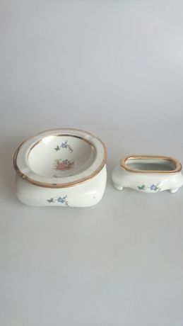 Porcelanowy zestaw palacza popielniczka I pojemnik na zapalniczke