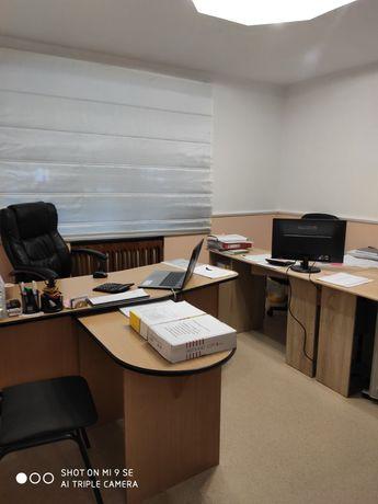 Срочно Продам офис с арендаторами . Реальному покупателю торг