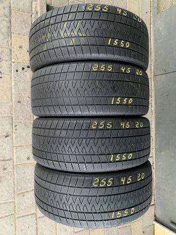 Шини резина 255/45r20 Vredestein 5-6mm 4шт. Зима зимние
