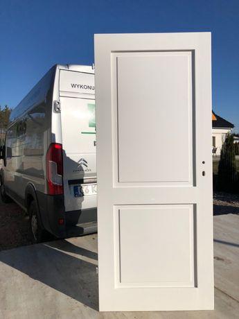 WYPRZEDAŻ - Drzwi dostępne od ręki sosna 88x205cm BIAŁE