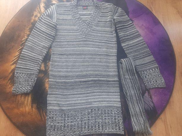 Nowy sweterek z nitką brokatową i paskiem