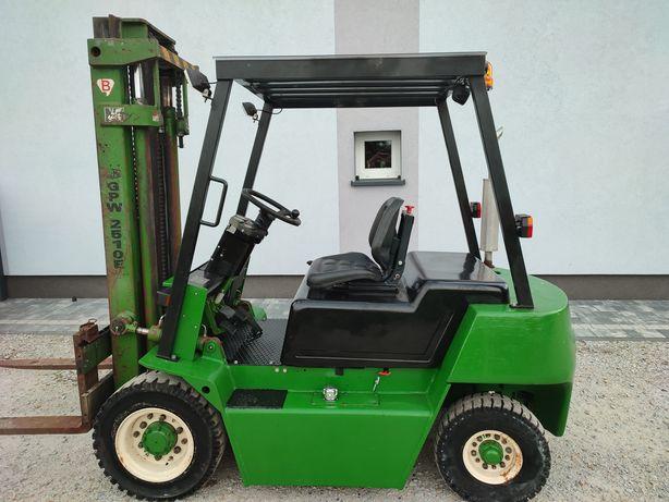 Wózek widłowy GPW 2510E 2,5 t 3,30 Perkins diesel automat skrzynia
