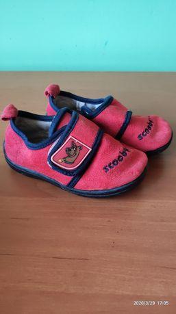 Взуття дитяче розмір 22
