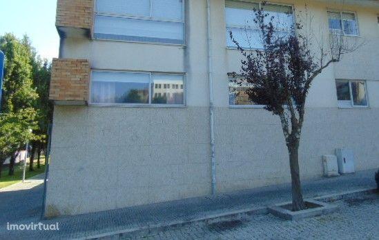 Apartamento T2 c/ Garagem Fechada