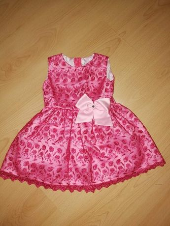 Sukienka elegancka 98
