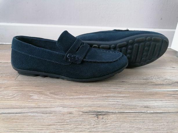 Pantofle dla dziecka komunijne