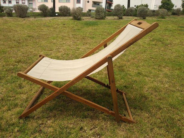Conjunto de 2 cadeiras e mesa em madeira - jardim, praia, esplanada