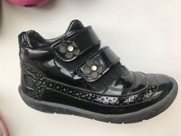 Детские ботинки, кроссовки