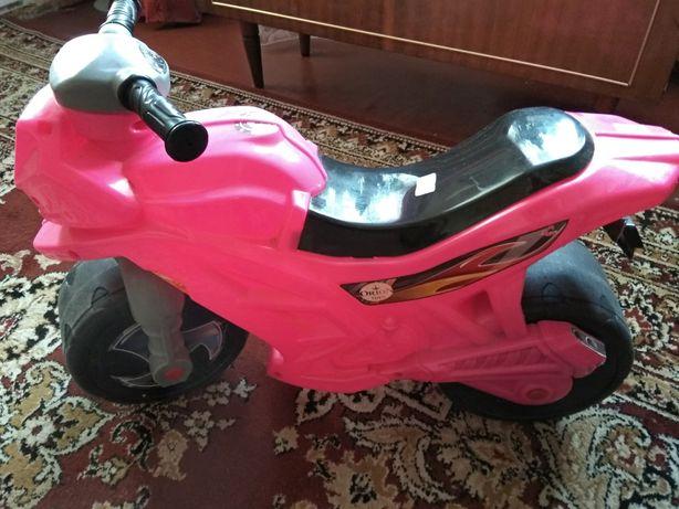 Дитячий мотоцикл беговел