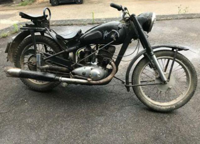 Продам ИЖ49.1955г